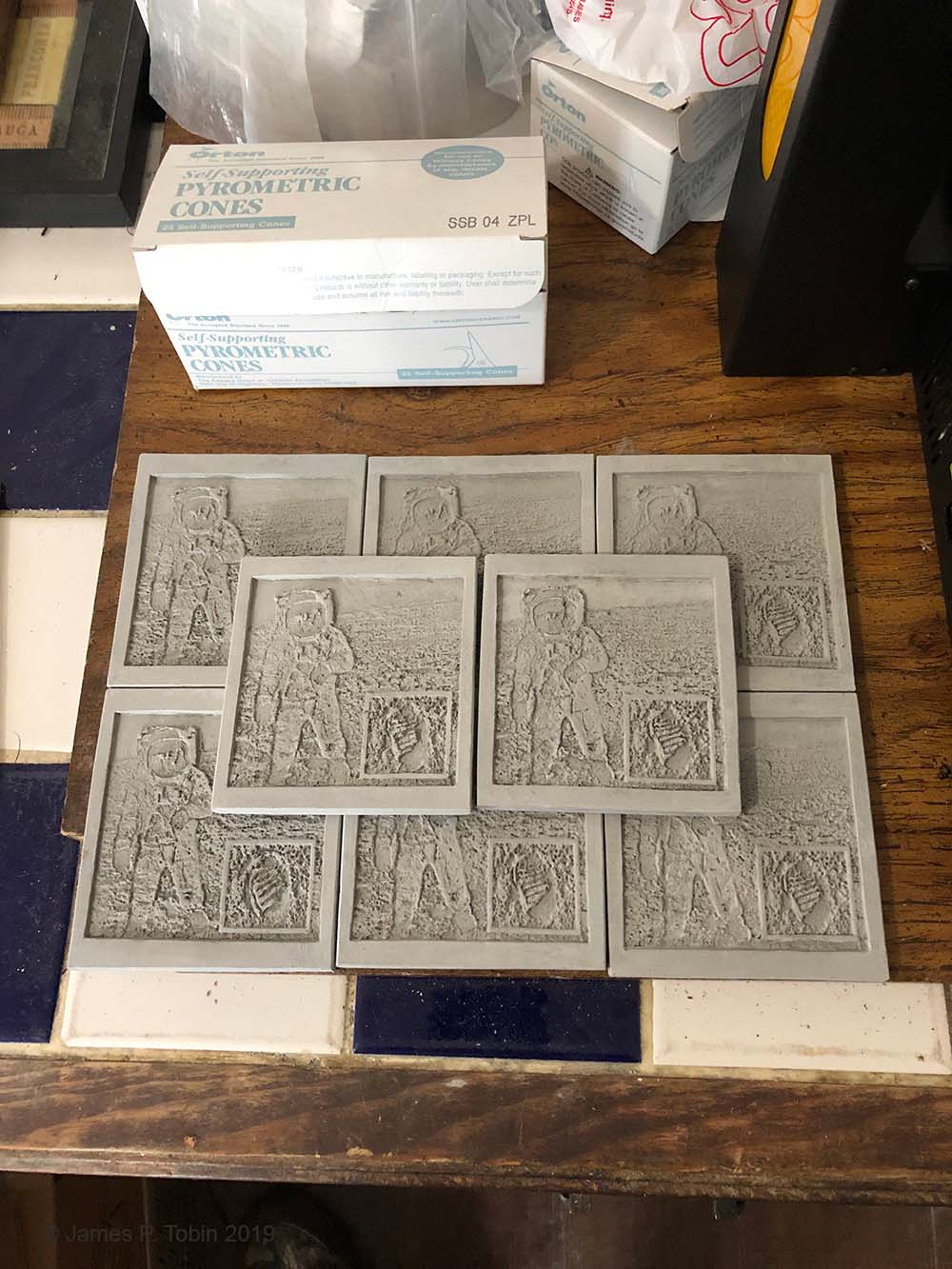 Apollo 11 Dry Tile Batch